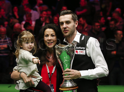04.12.2016. York, Yorkshire, England.  Mark Selby of England celebrates with his family after the Final frame against Ronnie O'Sullivan of England at the Snooker UK Championship in York, Britain on Dec. 4, 2016. Selby won 10-7.