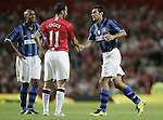 Manchester United's Ryan Giggs shakes hands with Luis Figo of Inter Milan as Figo goes off. Pic SPORTIMAGE/Dave Thompson..Pre-Season Friendly..Manchester United v Internazionale..1st August, 2007..--------------------..Sportimage +44 7980659747..admin@sportimage.co.uk..http://www.sportimage.co.uk/