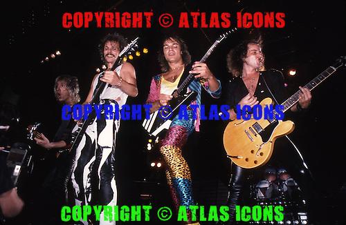 SCORPIONS, LIVE, 1985, NEIL ZLOZOWER