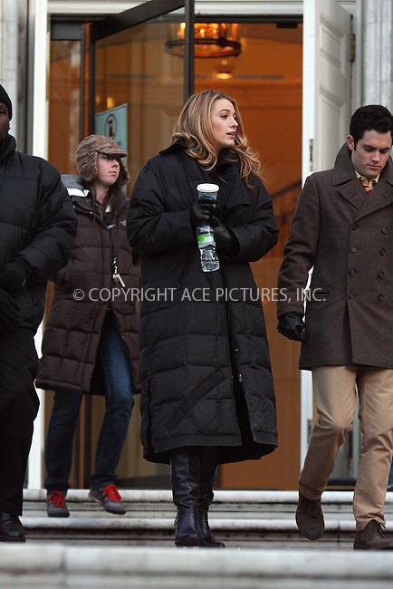 WWW.ACEPIXS.COM . . . . .  ....December 18 2008, New York City....Actors Blake Lively and Penn Badgley on the set of the TV show 'Gossip Girl' on December 18 2008 in New York City....Please byline: AJ Sokalner - ACEPIXS.COM..... *** ***..Ace Pictures, Inc:  ..tel: (212) 243 8787..e-mail: info@acepixs.com..web: http://www.acepixs.com