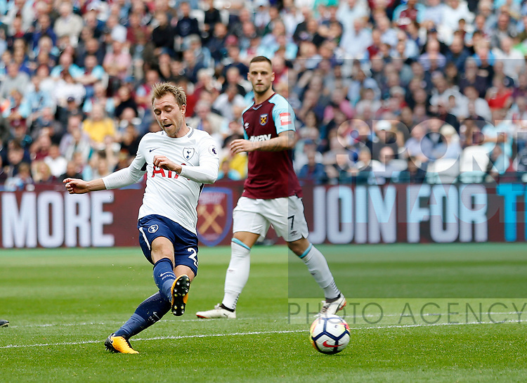 Tottenham's Christian Eriksen scoring his sides third goal during the premier league match at the London Stadium, London. Picture date 23rd September 2017. Picture credit should read: David Klein/Sportimage