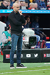 05.10.2019, BayArena, Leverkusen, GER, 1. FBL, Bayer 04 Leverkusen vs. RB Leipzig,<br />  <br /> DFL regulations prohibit any use of photographs as image sequences and/or quasi-video<br /> <br /> im Bild / picture shows: <br /> Peter Bosz Trainer / Headcoach (Bayer 04 Leverkusen), unzufrieden<br /> <br /> Foto © nordphoto / Meuter