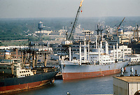 1978 June ..Historical...WATERFRONT.SHIPYARD...NEG#.NRHA# 5658..