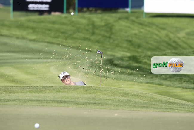 Alex NOREN (SWE) chips out of a bunker at the 10th green during Thursday's Round 1 of the 2015 Omega Dubai Desert Classic held at the Emirates Golf Club, Dubai, UAE.: Picture Eoin Clarke, www.golffile.ie: 1/29/2015