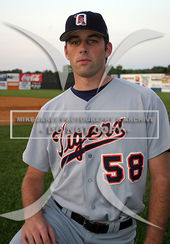 August 14, 2003:  Pitcher Danny Zell of the Oneonta Tigers, Class-A affiliate of the Detroit Tigers, during a NY-Penn League game at Falcon Park in Auburn, NY.  Photo by:  Mike Janes/Four Seam Images