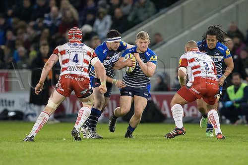29.04.2016. AJ Bell Stadium, Salford, England. Aviva Premiership Sale Sharks versus Gloucester Rugby. Sale Sharks prop Ross Harrison runs into Gloucester Rugby lock Tom Savage and Gloucester Rugby prop Paul Doran-Jones.
