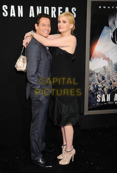 HOLLYWOOD, CA - MAY 26: Actor Ioan Gruffudd and wife actress Alice Evans arrive at the 'San Andreas' - Los Angeles Premiere at TCL Chinese Theatre IMAX on May 26, 2015 in Hollywood, California.<br /> CAP/ROT/TM<br /> &copy;TM/ROT/Capital Pictures