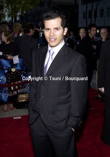 John Leguizamo arriving at the premiere of MOULIN ROUGE at the Academy of Motion Picture in Los Angeles  wednesday 5/16/2001 © Tsuni          -            LeguizamoJohn06.jpg
