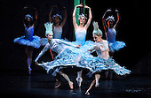 The Nutcracker - Scottish Ballet - at Glasgow's Theatre Royal - snowflake scene - The ballet opens this weekend in Glasgow before going on tour around the UK until February - picture by Donald MacLeod - 07.12.12 - 07702 319 738 - clanmacleod@btinternet.com - www.donald-macleod.com