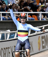 CALI – COLOMBIA – 17-02-2017: Lotte Kopecky de Belgica, gana medalla de oro en la prueba Omnium, damas,  en el Velodromo Alcides Nieto Patiño, sede de la III Valida de la Copa Mundo UCI de Pista de Cali 2017. / Lotte Kopecky de Belgica, win gold medal in Omnium Women Race at the Alcides Nieto Patiño Velodrome, home of the III Valid of the World Cup UCI de Cali Track 2017. Photo: VizzorImage / Luis Ramirez / Staff.