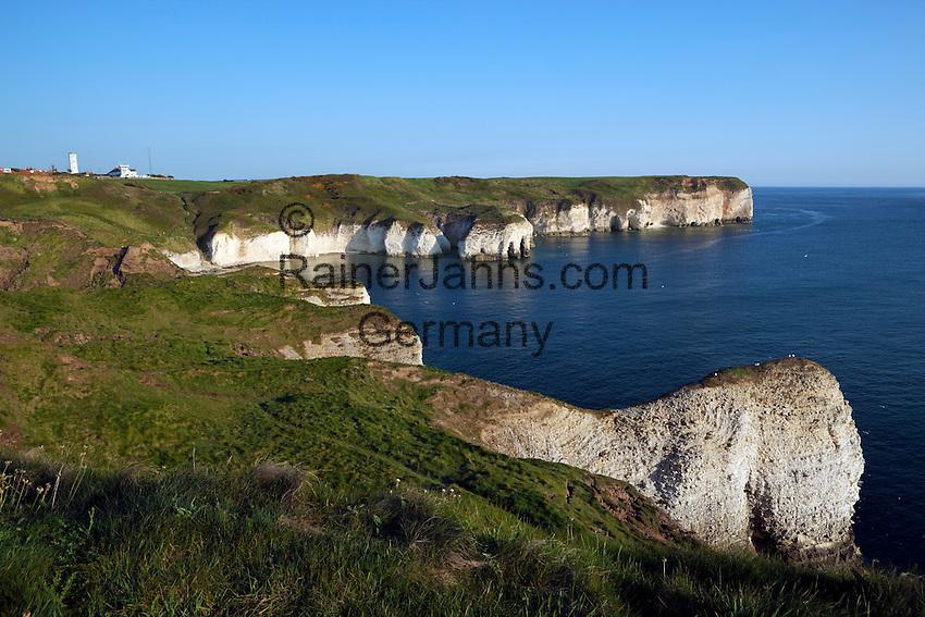 Great Britain, England, East Riding of Yorkshire, near Bridlington: White cliffs of Flamborough Head