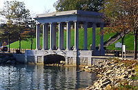 pilgrims, Plymouth, Massachusetts, MA, Plymouth Rock protected by a granite portico on Plymouth Harbor in Plymouth marks the landing site of the Pilgrims.