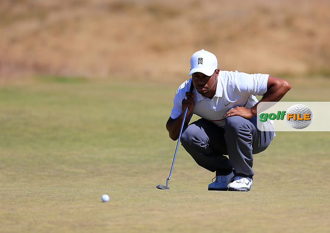 Tiger WOODS (USA) lines up his putt on the 17th green during Friday's Round 2 of the 2015 U.S. Open 115th National Championship held at Chambers Bay, Seattle, Washington, USA. 6/19/2015.<br /> Picture: Golffile | Eoin Clarke<br /> <br /> <br /> <br /> <br /> All photo usage must carry mandatory copyright credit (&copy; Golffile | Eoin Clarke)