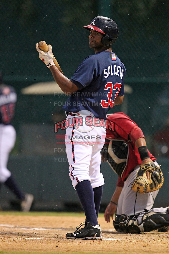 Atlanta Braves third baseman Edward Salcedo #33 during an Instructional League game against the Houston Astros at Wide World of Sports on September 28, 2011 in Kissimmee, Florida.  (Mike Janes/Four Seam Images)