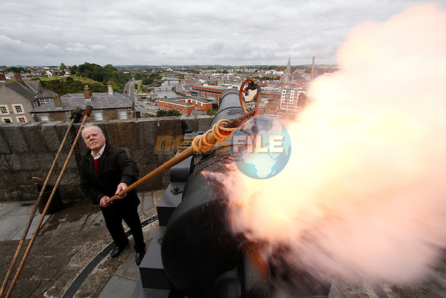 I am Wall event in Drogheda..Picture Fran Caffrey www.newsfile.ie