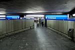 Entrada de estação do metrô. São Paulo. 2009. Foto de Juca Martins.