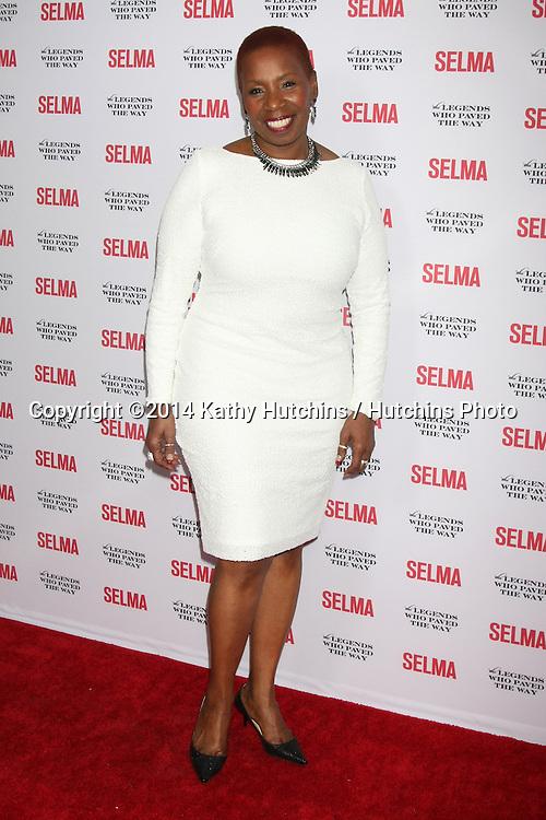 """SANTA BARBARA - DEC 6:  Iyanla Vanzant at the """"Selma"""" & Legends Who Paved the Way Gala at the Bacara Resort & Spa on December 6, 2014 in Goleta, CA"""