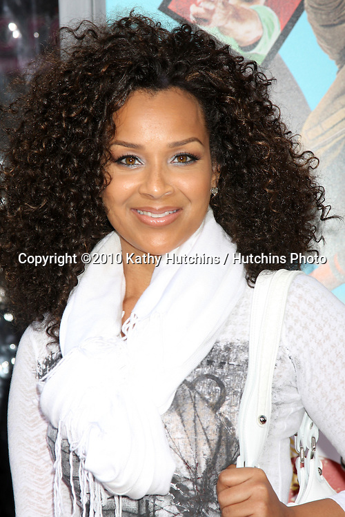 """LisaRaye McCoy.arrives at """"The Losers"""" Premiere.Grauman's Chinese Theater.Los Angeles, CA.April 20, 2010.©2010 Kathy Hutchins / Hutchins Photo..."""