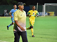 MONTERIA - COLOMBIA, 06-08-2018: Willy Rodriguez, técnico de Jaguares, gesticula durante partido entre Jaguares de Córdoba y Leones F.C. por la fecha 3 de la Liga Águila II 2018 jugado en el estadio Municipal de Montería. / Willy Rodriguez, coach of Jaguares, gestures during the match between Jaguares of Cordoba and Leones F.C. for the date 3 of the Liga Aguila II 2018 at the Municipal de Monteria Stadium in Monteria city. Photo: VizzorImage / Andres Felipe Lopez / Cont