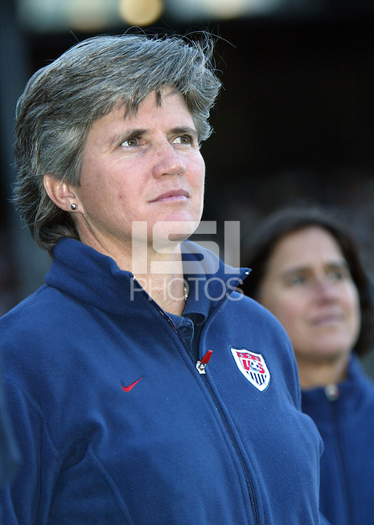 3 Oct 1 2004: The United States Women's National Soccer Team defeats New Zealand 5-0 at PGE Park in Portland, Oregon. Photo by Tom Hauck.