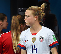 20190624 - REIMS , FRANCE : American Emily Sonnett  pictured during the female soccer game between Spain and USA , a knock out game in the round of 16 during the FIFA Women's  World Championship in France 2019, Monday 24 th June 2019 at the Stade Auguste Delaune Stadium in Reims , France .  PHOTO SPORTPIX.BE | DIRK VUYLSTEKE