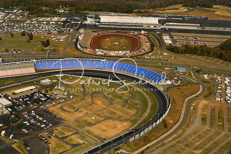 Dirt track at charlotte motor speedway for Dirt track at charlotte motor speedway