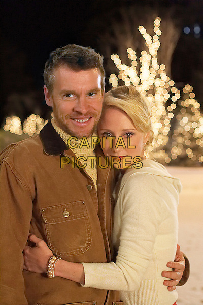 TATE DONOVAN & ANNE HECHE .in Silver Bells .*Editorial Use Only*.www.capitalpictures.com.sales@capitalpictures.com.Supplied by Capital Pictures.
