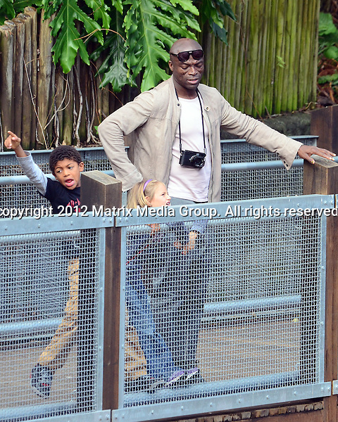 NON EXCLUSIVE..14 June 2012..Seal takes the kids to Taronga Zoo. ...*No internet without clearance*.MUST CALL PRIOR TO USE ..02 9211-1088.Matrix Media Group.Note: All editorial images subject to the following: For editorial use only. Additional clearance required for commercial, wireless, internet or promotional use.Images may not be altered or modified. Matrix Media Group makes no representations or warranties regarding names, trademarks or logos appearing in the images.