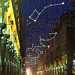 Luci d'artista a Torino. L'opera di Carmelo Giammello in via Roma. Dicembre 2005...Artist's lights in Turin. The work by Carmelo Giammello. December 2005...Ph. Marco Saroldi. Pho-to.it