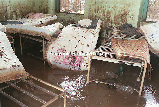 A hospice in a church destroyed in the recent flooding in Chokwe, Mozambique. The church are now used as a hospital where Medecin Sans frontier are working. March-2000..Photo Per-Anders Pettersson/ iAfrika Photos
