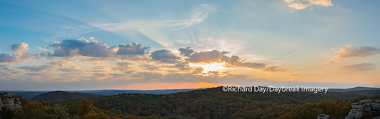 63895-14303 Sunset at Garden of the Gods Recreation Area, Shawnee National Forest, IL