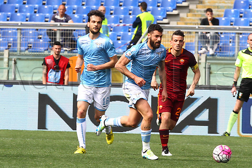 03.04.2016. Stadium Olimpico, Rome, Italy.  Serie A football league. Derby Match SS Lazio versus AS Roma. Candreva Antonio(L) versus Florenzi Alessandro