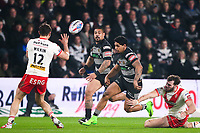 Picture by Alex Whitehead/SWpix.com - 10/03/2017 - Rugby League - Betfred Super League - Hull FC v St Helens - KCOM Stadium, Hull, England - Hull FC's Albert Kelly chips the ball.