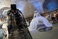 Romeo Gigli e 'La Regina' di Enrica Borghi, opera fatta interamente con bottiglie di plastica<br /> 'The Queen' by Enrica Borghi, made with plastic bottles<br /> Roma 03-04-2016 Terme di Diocleziano. Mostra 'In Acqua: H2O molecole di creativita'. Decine di stilisti hanno creato, per l'occasione, abiti, accessori e gioielli che richiamano l'acqua.<br /> Diocleziano Thermae. Exhibition 'In water: H2O molecules of creativity'.Tens of famous stylists created dresses, accessories and jewels that recall water.<br /> Photo Samantha Zucchi Insidefoto