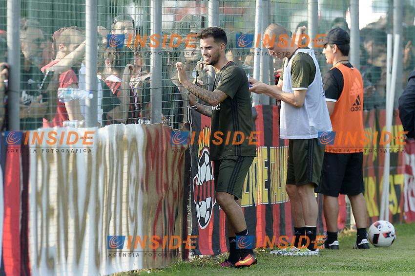 Carnago (Va) 07/07/2015 - 2016/2017 Calcio raduno A.C. Milan Football pre season training  / foto Daniele Buffa/Image Sport/Insidefoto<br /> <br /> <br /> nella foto: Vincenzo Montella-Suso-Luca Antonelli