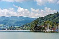Austria, Upper Austria, Salzkammergut, Litzlberg: castle Litzlberg located on an island   Oesterreich, Oberoesterreich, Salzkammergut, Litzlberg: Schloss Litzlberg, auf einer Insel im Attersee, ist im Privatbesitz der Familie Leitl