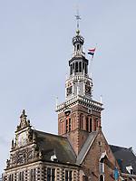 Waaggebouw am Kaasmarkt -Käsemarkt in Alkmaar, Provinz Nordholland, Niederlande<br /> Waaggebouw at Kaasmarkt-Cheese market  in Alkmaar, Province North Holland, Netherlands