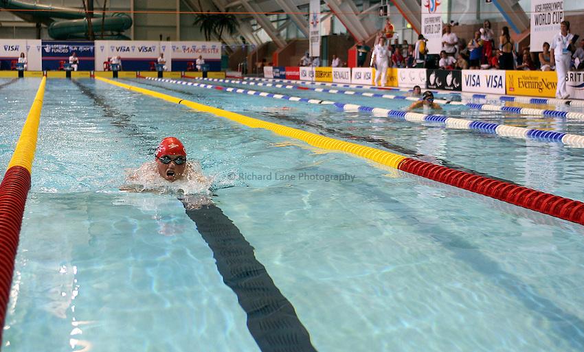 Photo: Paul Thomas..VISA Paralympic World Cup 2007. Swimming. 12/05/2007...Gareth Duke of Great Britain.
