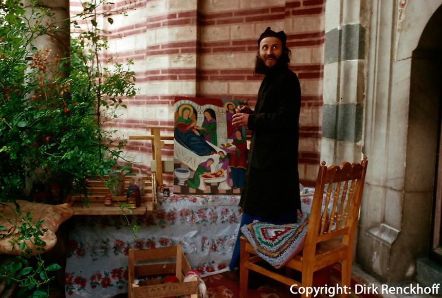 Bulgarien, Mönch im Rilakloster, Unesco-Weltkulturerbe