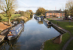 Narrowboats on the Kennet and Avon canal, the Waterfront pub, Pewsey wharf, Wiltshire, England, UK