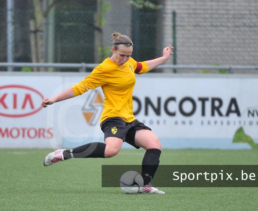 Lierse U16 - Standard de Liege U16 : Jana Janssens.foto DAVID CATRY / Nikonpro.be