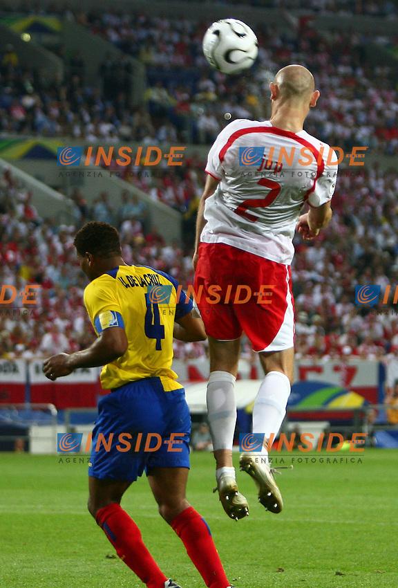 Gelsenkirchen 9/6/2006 World Cup 2006.Poland Ecuador - Polonia Ecuador 0-2.Photo Andrea Staccioli Insidefoto.Mariusz Jop Poland Ulises De La Cruz Ecuador
