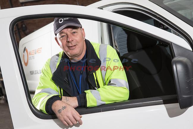 Wales &amp; West Utilities<br /> Richard Capel<br /> Emergency gas engineer.<br /> Bristol<br /> 18.12.15<br /> &copy;Steve Pope - Fotowales