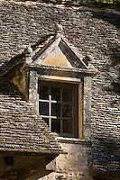 Europe/France/Aquitaine/24/Dordogne/Périgord Noir/Saint-Crépin-et-Carlucet : Château de Lacypierre, gentilhommière de la fin du 16 ème siècle - détail fenêtre