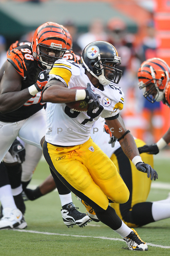 WILLIE PARKER, of the Pittsburgh Steelers, in action during the Steelers game against the Cincinnati Bengals on September 27, 2009 in Cincinnati, OH. The Bengals beat the Steelers 23-20 ...