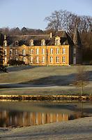 """France/08/Ardenenes/Fagnon/env Charleville Mézières: Hotel Restaurant """"Abbaye de Sept Fontaines"""" dans son parc"""