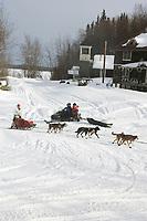Diana Moroney Arrives at Anvik Chkpt 2005 Iditarod
