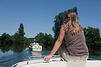Europe/Europe/France/Midi-Pyrénées/46/Lot/Env de Parnac: Tourisme fluvial dans la vallée du Lot [Autorisation : 2011-106] [Autorisation : 2011-107] [Autorisation : 2011-108]
