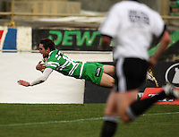 Manawatu's Andre Taylor scores in the corner during the Air NZ Cup preseason match between Manawatu Turbos and Wellington Lions at FMG Stadium, Palmerston North, New Zealand on Friday, 17 July 2009. Photo: Dave Lintott / lintottphoto.co.nz