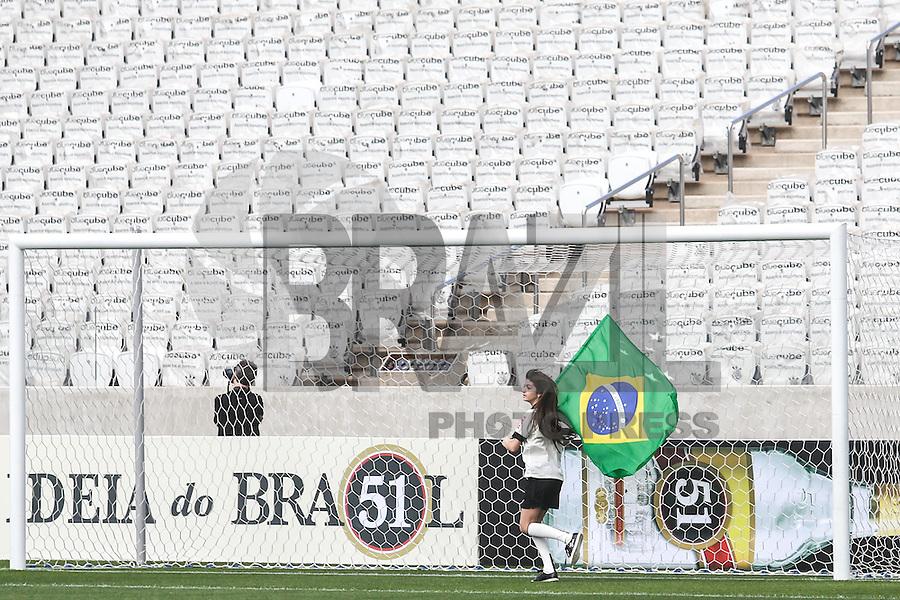 SAO PAULO, SP, 10.05.2014 - JOGO TESTE CORINTHIANS -  Arena Corinthians durante jogo teste-festivo na regiao leste de Sao Paulo neste sabado, 10. (Foto: William Volcov / Brazil Photo Press).